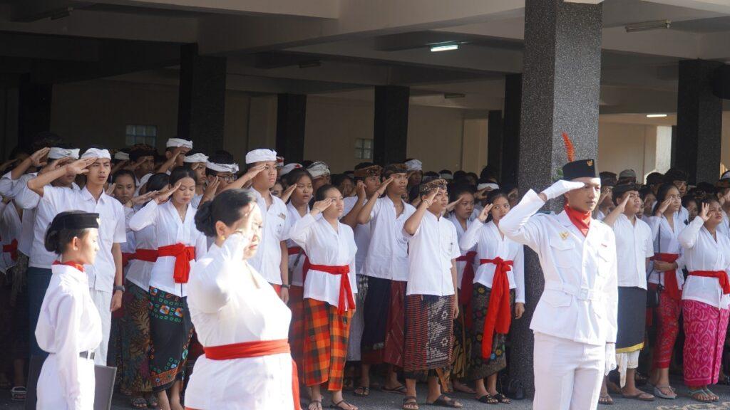 Keluarga Besar SMK PGRI 5 Denpasar